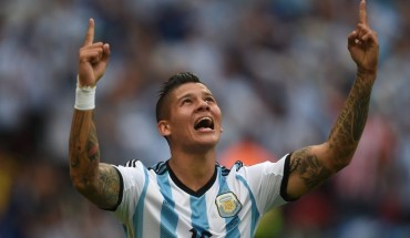 Marcos-Rojo-Argentina-frente-Nigeria_MEDIMA20140625_0228_3