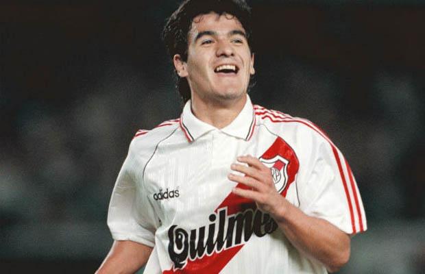 BURRITO. Hizo sólo dos goles, pero su habilidad y su freno fueron decisivos para que River lograra la Copa por segunda vez en su vida.