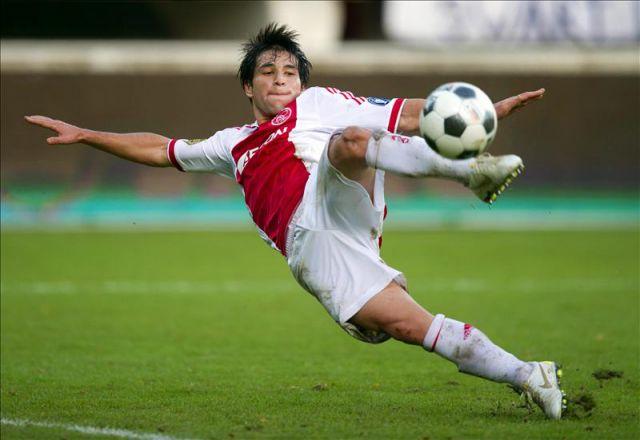 AJAX. Nico Lodeiro pasó sin éxito por el cuadro holandés. Llegó con mucha expectativa, pero la poca paciencia del entrenador más una grave lesión en la segunda temporada, lo dejaron fuera de los planes.