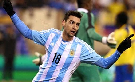 GALERA Y BASTÓN. Javier Pastore también está ante una gran oportunidad de llegar a su mejor nivel con la camiseta argentina. En anteriores ciclos, fue citado y siempre se quedó en promesas. Su nivel actual y el nuevo estilo deberían potenciarlo.