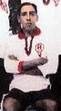 EL NEGRO LAGUNA. Antes del partido con Brasil en la Copa América de 1916, estaba en la tribuna. Faltó Ohaco, Nuin se negó a jugar y él se puso la ropa y salió a la cancha. Y además metió el gol argentino del 1-1.