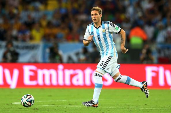 BIGLIA. En el Mundial, el equipo encontró equilibrio en el tándem que armó con Mascherano. Llegó el momento de repetir la fórmula.