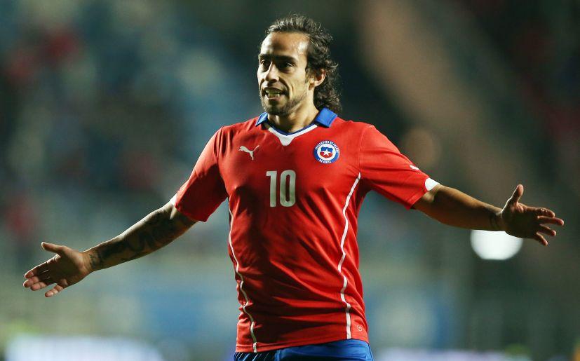 JORGE VALDIVIA. Excelente jugador chileno y que, además, está en un gran momento. Martino descarta que jugará, pese a que una parte de la prensa chilena cree que estará como suplente.